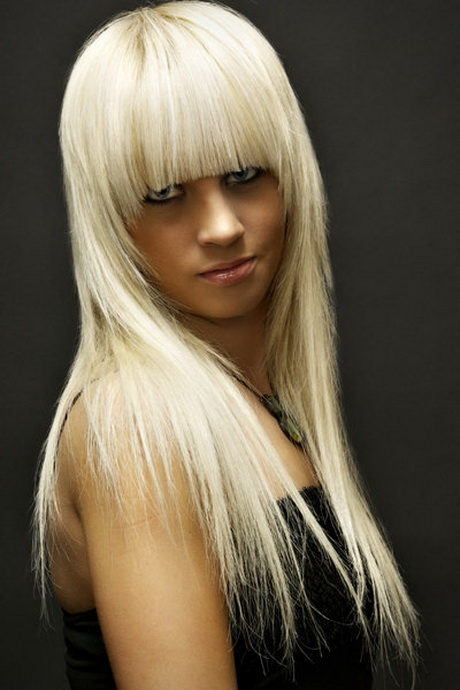 blonde lange haare mit pony