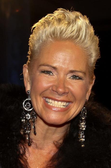 Neue Frisur Claudia Effenberg