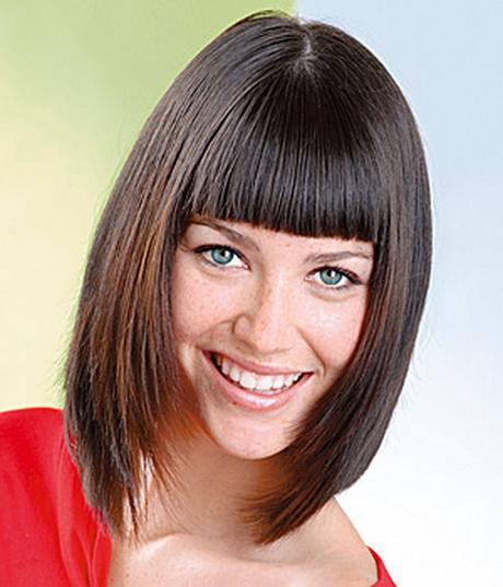 Фото причесок на средние волосы с челкой для женщин