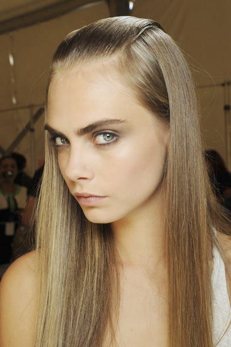 frisur lange glatte haare