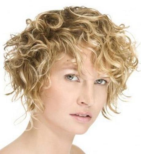 kurzhaarfrisuren damen für lockiges haar
