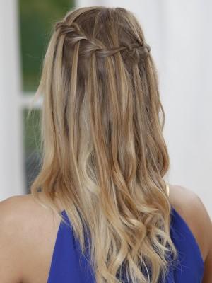 Offene Haare Flechtfrisur