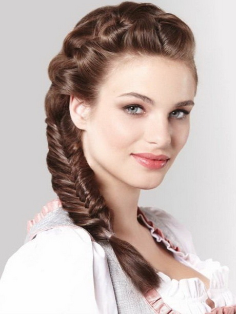 frisuren zum dirndl die besten 13 dirndl frisuren mittellange haare sch nsten dirndl frisuren. Black Bedroom Furniture Sets. Home Design Ideas
