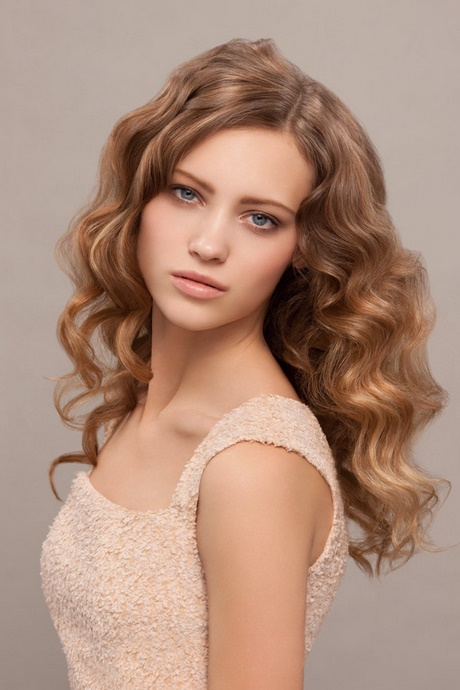 dünne haare locken frisur