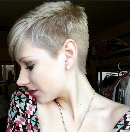 Sehr Kurze Haarschnitte