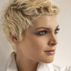 Frisuren damen kurz 2014