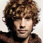 Frisuren jungs locken