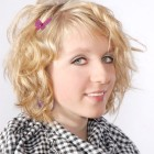 Locken frisuren mittellanges haar
