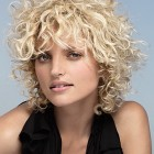 Mittellange locken frisuren