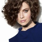 Frisuren naturlocken bob